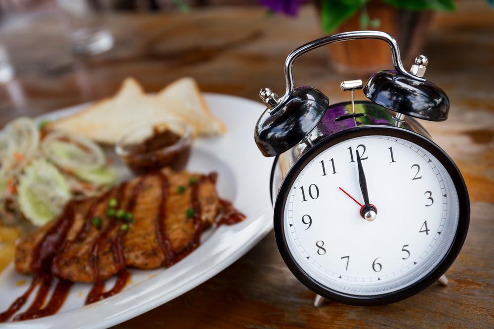 Ini Manfaat Makan Tepat Waktu dan Teratur