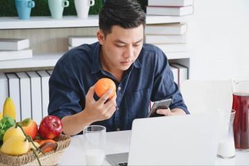 Cemilan yang Bikin Kamu Tetap Semangat di Kantor