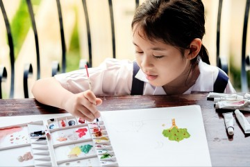 Tips Bebas Bosan Selama Liburan Sekolah di Rumah