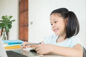 Trik Pintar Tingkatkan Semangat Belajar Si Kecil